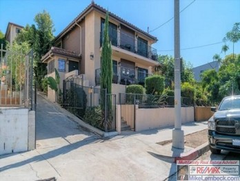 3 Units - Los Angeles - mikelembeck.com